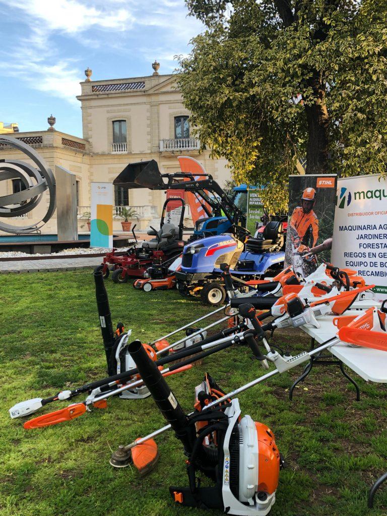 Maquinaria para el mantenimiento de parques y jardines